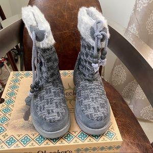 NWB! Skechers Keepsakes Meadow gray knit boots 5,6